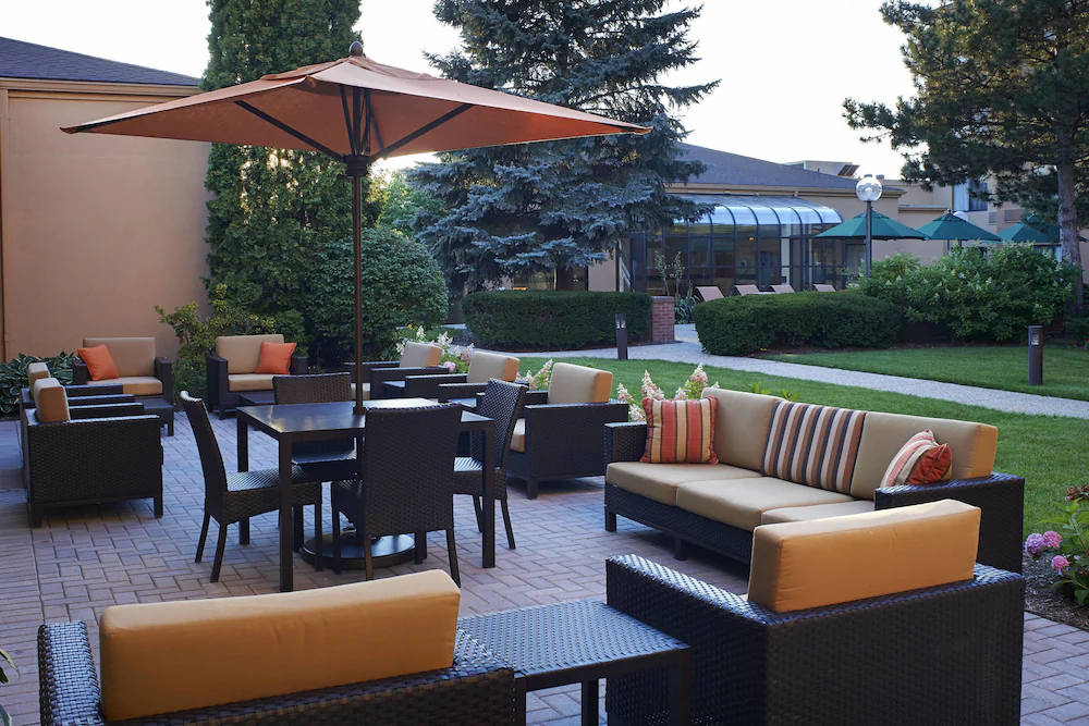Courtyard by Marriott 4