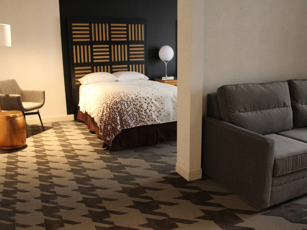 Renaissance Hotel 3